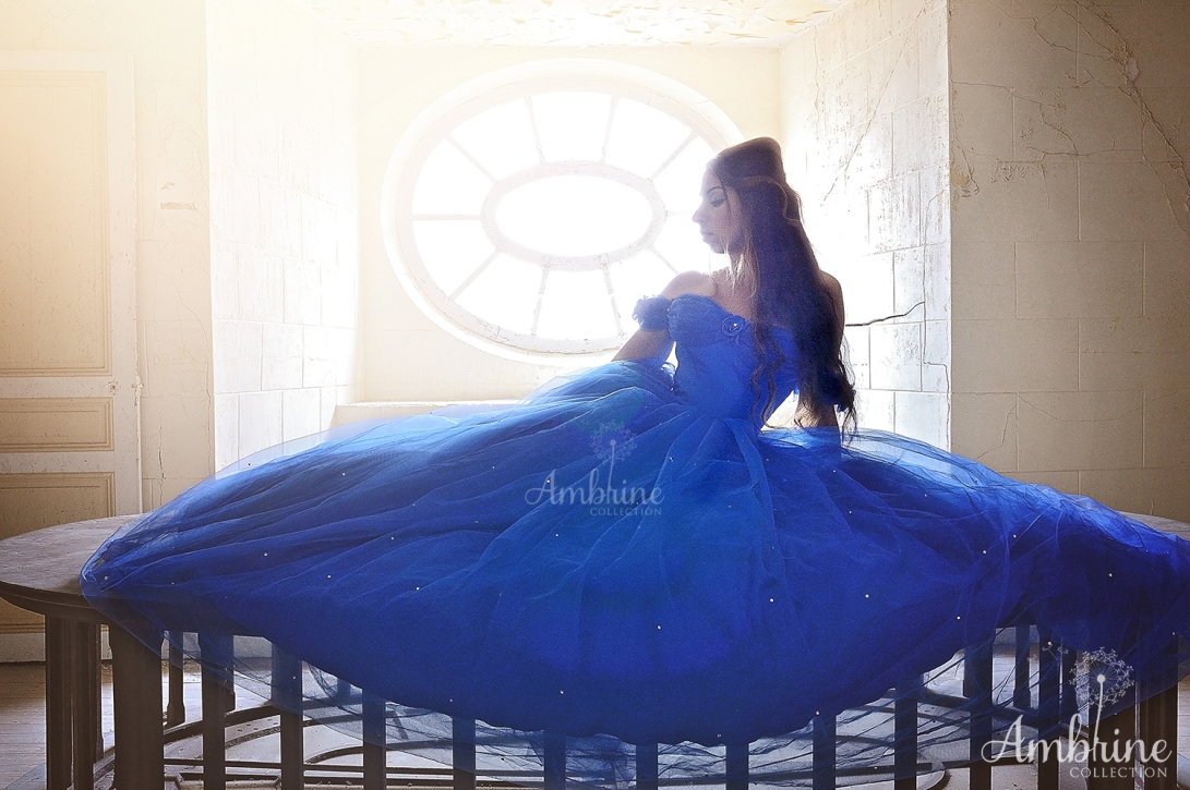 photo-robe-bleue-romantique-azur-princesse-ambrine-collection-bordeaux-6
