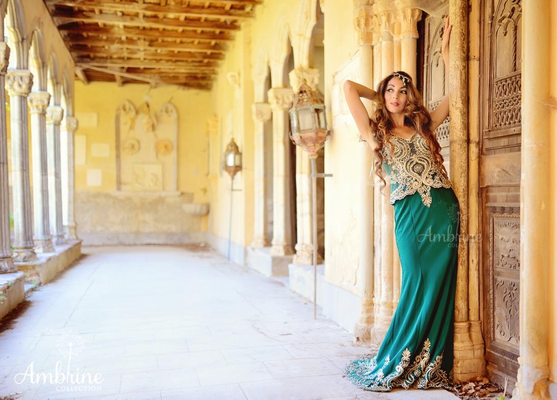 photo-robe-orientale-mysterieuse-ambrine-collection-bordeaux-2