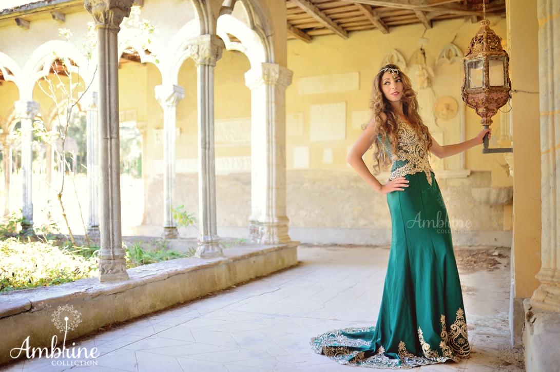 photo-robe-orientale-mysterieuse-ambrine-collection-bordeaux-6