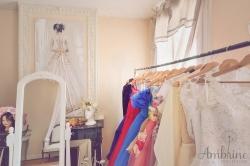 photo-showroom-ambrine-collection-location-robe-bordeaux-libourne