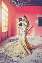 location-robe-doree-or-sirene-princesse-sunshine-ambrine-bordeaux-7
